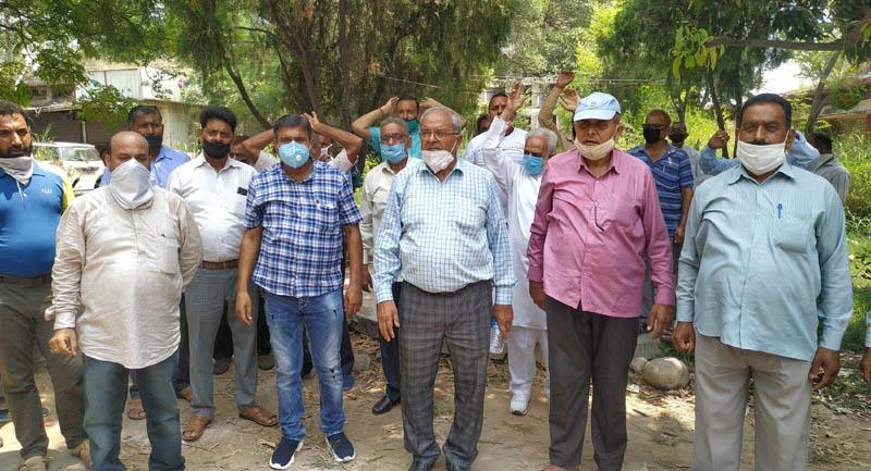 FPS dealers staging protest in Jammu. -Excelsior/Rakesh