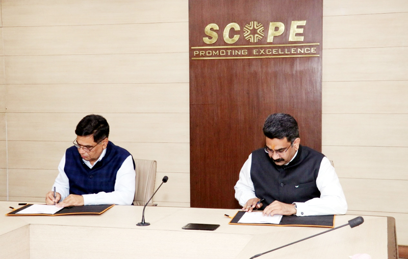 SCOPE and CCL officers signing MoU to conduct study on 'Developing Future Fluent Leaders in PSEs.'