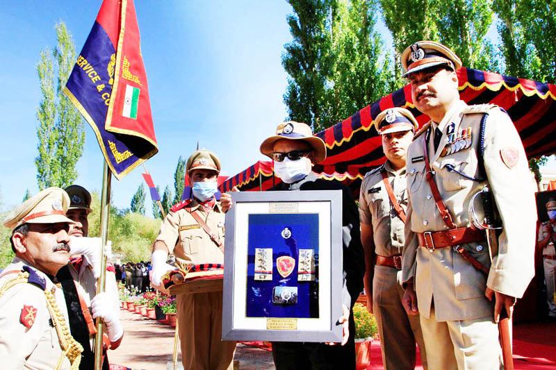 UT Ladakh LG R K Mathur unveiling epaulettes on Tuesday. -Excelsior/ Morup Stanzin