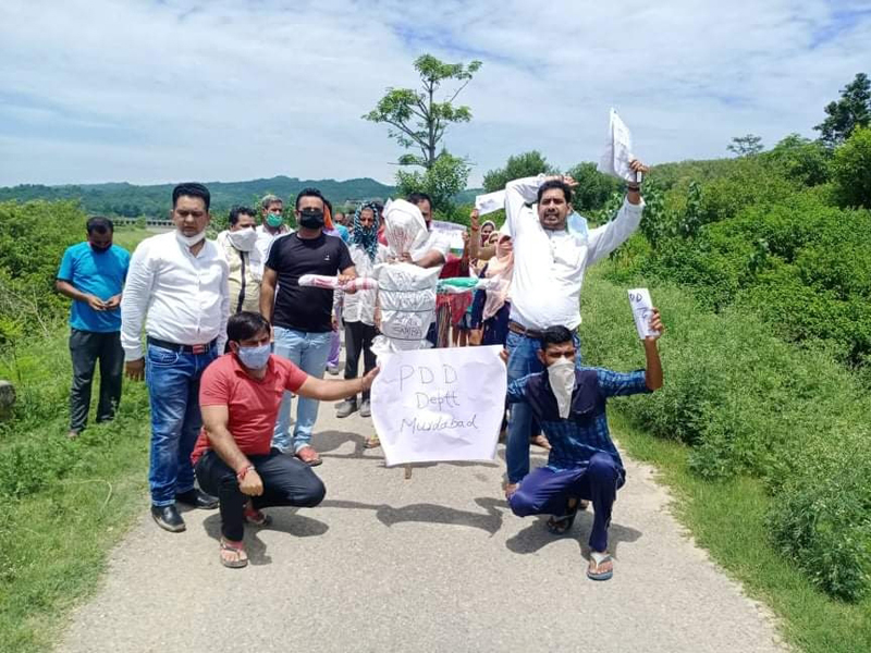 People protesting against erratic power supply on Thursday. — Excelsior/Badyal