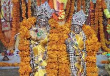 Idols of Lord Krishna and Radha fully decorated in historical Raghunath temple on the occasion of Janamashtami on Wednesday. —Excelsior/Rakesh
