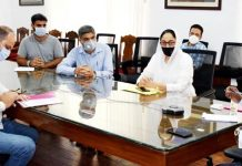 Lieutenant Governor, Girish Chandra Murmu interacting with a delegation of Hot Mix Plant Owners Association on Tuesday.