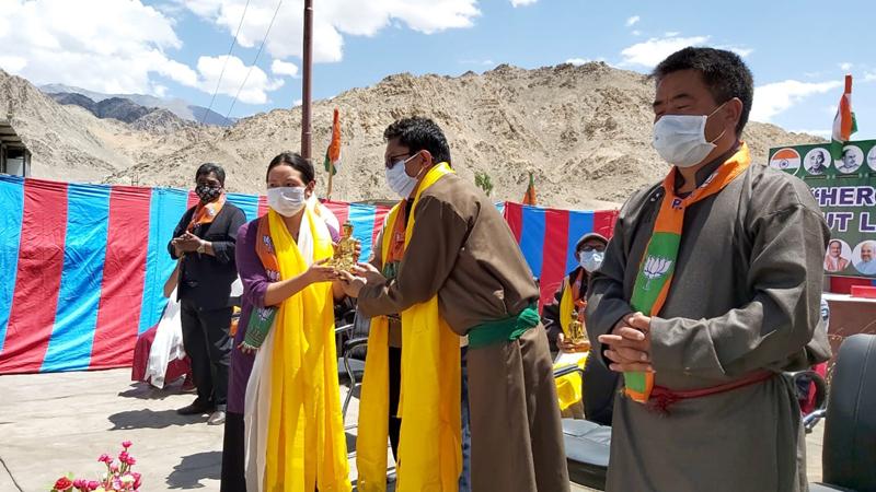 Ladakh leaders at Ist anniversary celebrations of Ladakh UT at Leh on Wednesday. — Excelsior/ Morup Stanzin