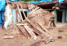 Collapsed mud house at Katwalt in Ramnagar.