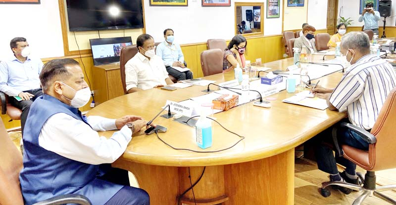 Union Minister Dr Jitendra Singh addressing the inaugural session of the two-day International Workshop, jointly organized by Department of Administrative Reforms & Public Grievances (DARPG) and the Ministry of External Affairs, at New Delhi on Thursday.