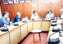 Commissioner Secy HED and KU VC chairing Editorial Board meeting at Srinagar on Tuesday.