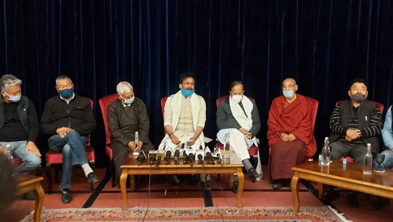 Union Minister of State for Home G K Reddy addressing a press conference at Leh along with senior leaders of Ladakh on Monday. — Excelsior/Morup Stanzin