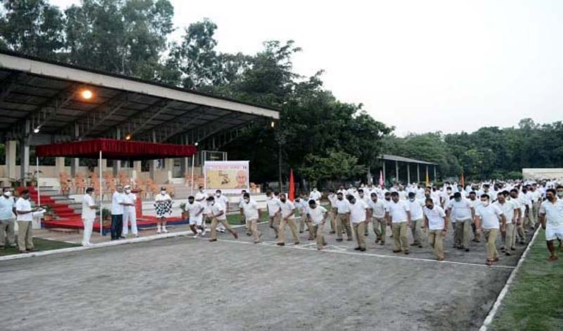 BSF officers, jawans participating 'Fit India Freedom Run' organised under Fit India Movement at Jammu.