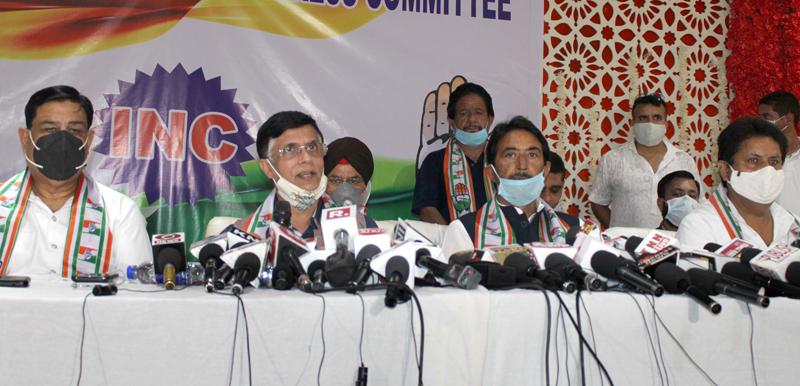 National spokesperson of Congress Pawan Khera addressing a press conference at Jammu. -Excelsior/Rakesh
