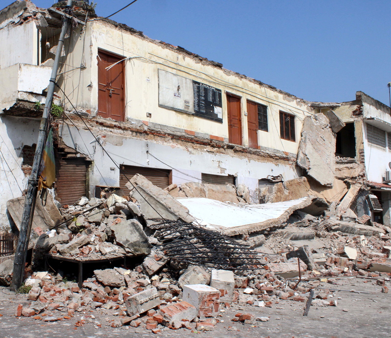 Debris of the portion of a building which collapsed at Amphalla in Jammu. —Excelsior/Rakesh