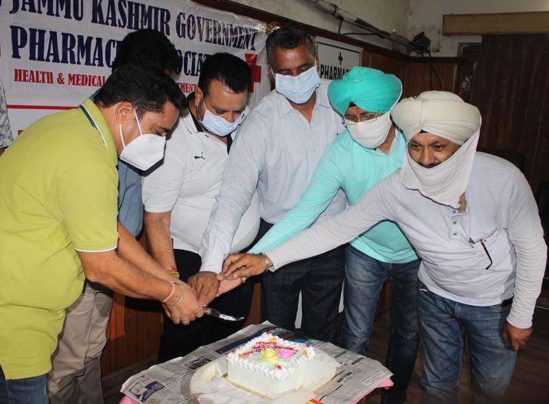 Members of J&K Government Pharmacist Association celebrating World Pharmacist Day.