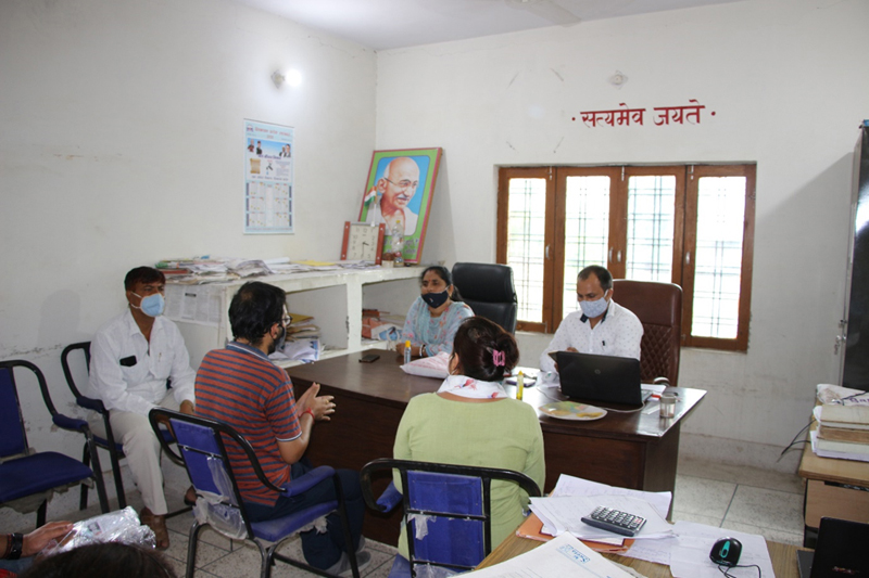 Prof (Dr) Neelu Rohmetra, Director IIM Sirmaur during discussion with Panchayat officials.