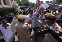 Youth Congress activists during a protest demonstration at Jammu on Monday. -Excelsior/Rakesh