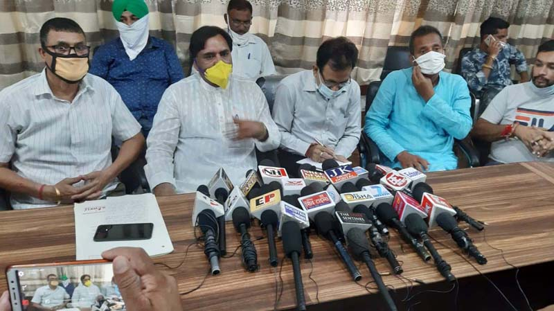 Independent Corporators interacting with media persons at Jammu.