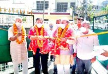 Mayor JMC, C M Gupta kick starting development works at Shastri Nagar, Jammu on Tuesday.