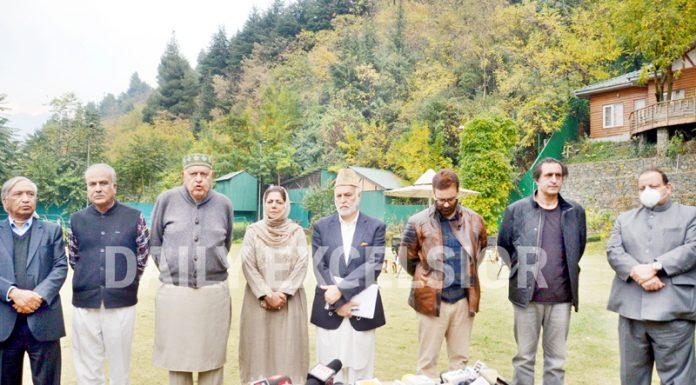 Members of People's Alliance for Gupkar Declaration at a press conference at Gupkar in Srinagar on Saturday. - Excelsior/Shakeel