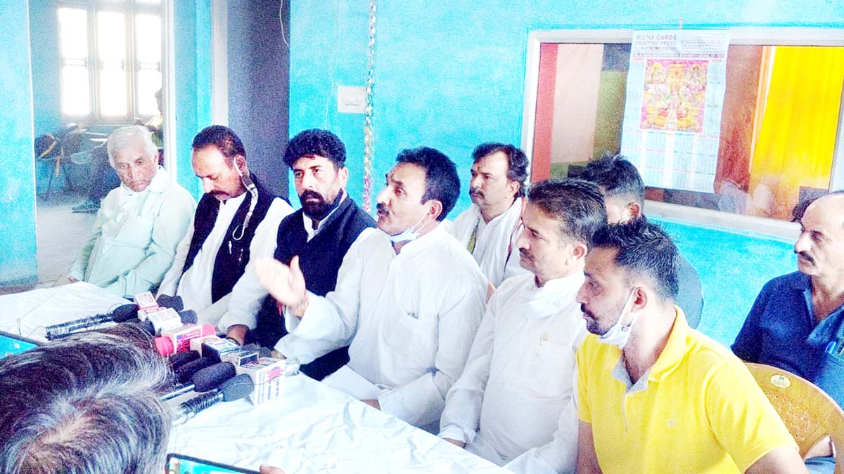 DCC president, Dr Manohar Lal Sharma at a press conference in Kathua on Sunday. -Excelsior/Pardeep