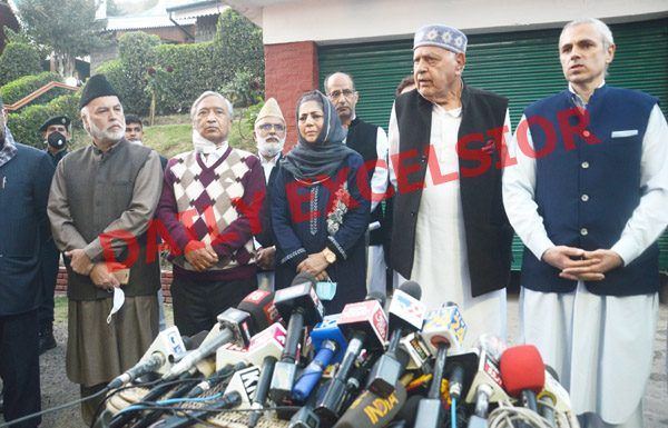 Prominent political leaders at a press conference in Srinagar on Thursday. -Excelsior/Shakeel