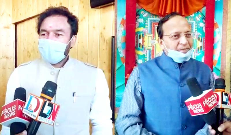 Union MoS Home G K Reddy (left) and BJP general secretary Arun Singh (right) talking to media persons at Leh on Wednesday. -Excelsior/Morup Stanzin