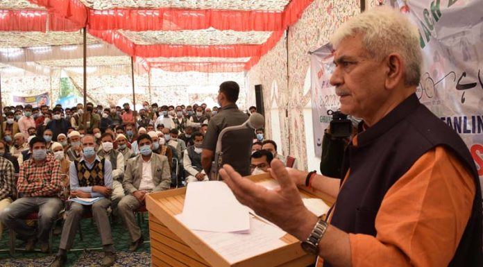Lieutenant Governor Manoj Sinha at the launch of B2V3 Programme at Shopian on Friday.