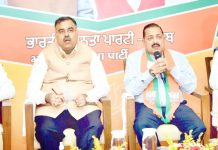 Union Minister Dr Jitendra Singh addressing the Punjab media on farmers' issue. Also seen are BJP National General Secretary Tarun Chugh and National Spokespersons Sambit Patra and S.Iqbal Singh.
