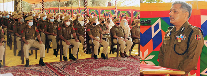 ADGP Armed AK Choudhary addressing officers and jawans during meeting.