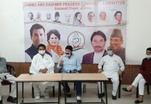 Senior Cong leaders Raman Bhalla and Yogesh Sawhney at a meeting in Jammu on Monday.