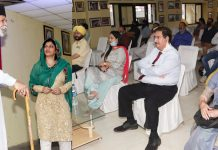 Actors performing in a play (left) and prominent Theatre personalities watching the same (right). —Excelsior/Rakesh