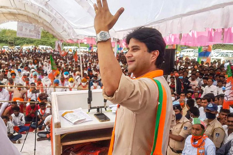 BJP leader Jyotiraditya Scindia addresses an election rally in support of party candidate Ranveer Jatav of Gohad constituency, in Barahed.