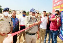 Additional SP Udhampur Rajinder Katoch inaugurating Cricket tournament at DPL Udhampur on Saturday.