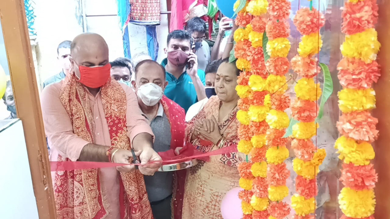 BJP vice president, Yudhvir Sethi inaugurating mobile accessories showroom at Jammu on Tuesday.