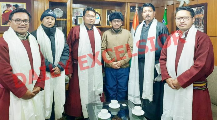 Newly appointed Chairman, Deputy Chairman and Executive Councilors of Ladakh Autonomous Hill Development Council Leh posing with MP Ladakh Jamyang Tsering Namgyal at Leh on Saturday. —Excelsior/Morup Stanzin