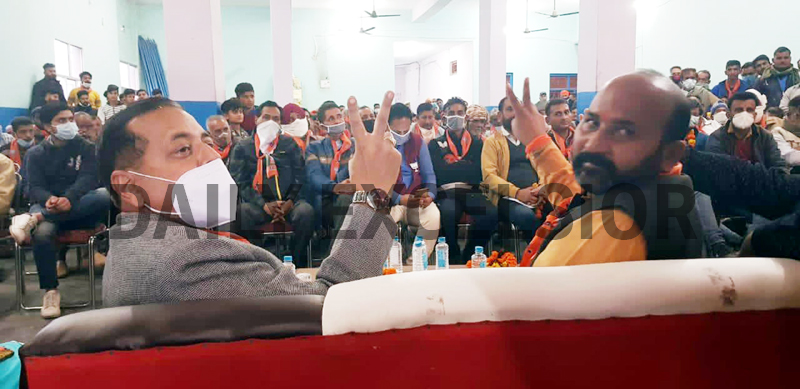 Union Minister Dr Jitendra Singh during an election meeting at Marheen Kathua on Tuesday. -Excelsior/Pardeep