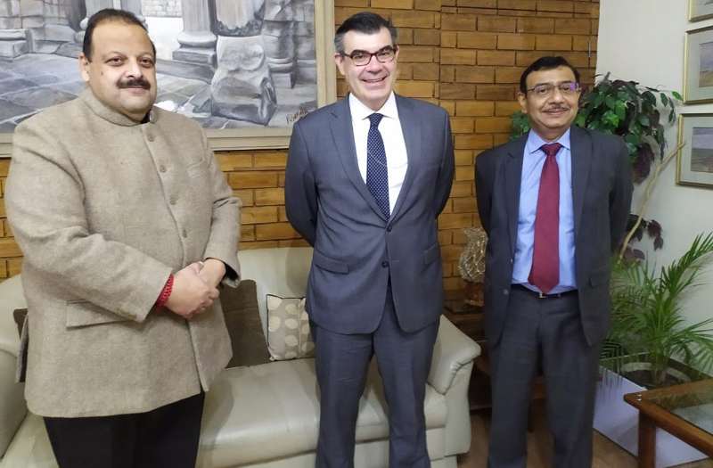 NC Provincial President Devender Singh Rana and US envoy Graham Mayer posing for photograph on Tuesday.