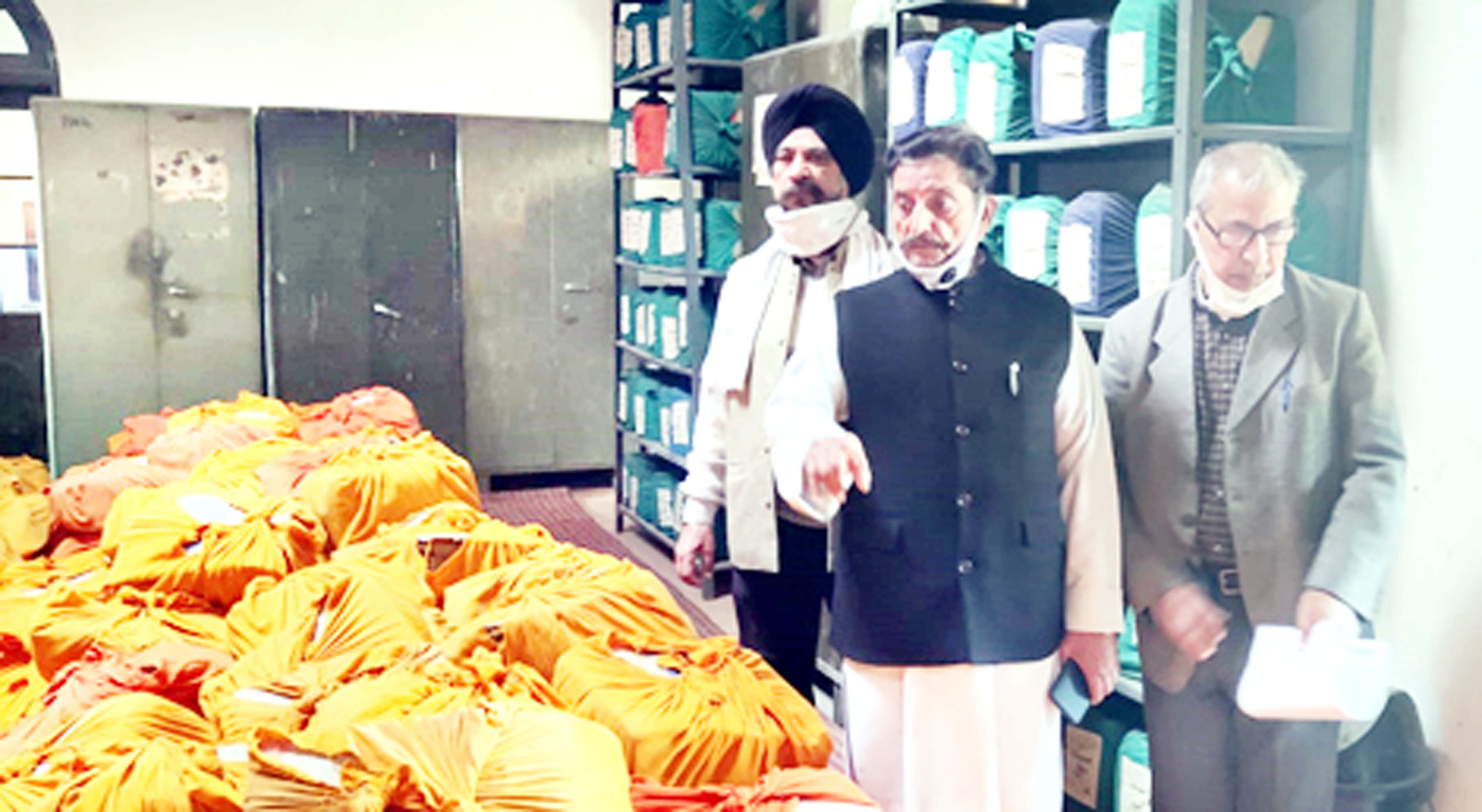 G. S Charak and other DSS members visiting Mubarak Mandi Complex to see handling of archives.