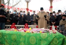 NC president Farooq Abdullah and other leaders paying tributes to party founder, Sheikh Mohd. Abdullah on his 115th Birth Anniversary. -Excelsior/Shakeel