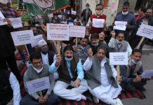 Cong activists protesting against farm laws in Jammu on Saturday. —Excelsior/Rakesh