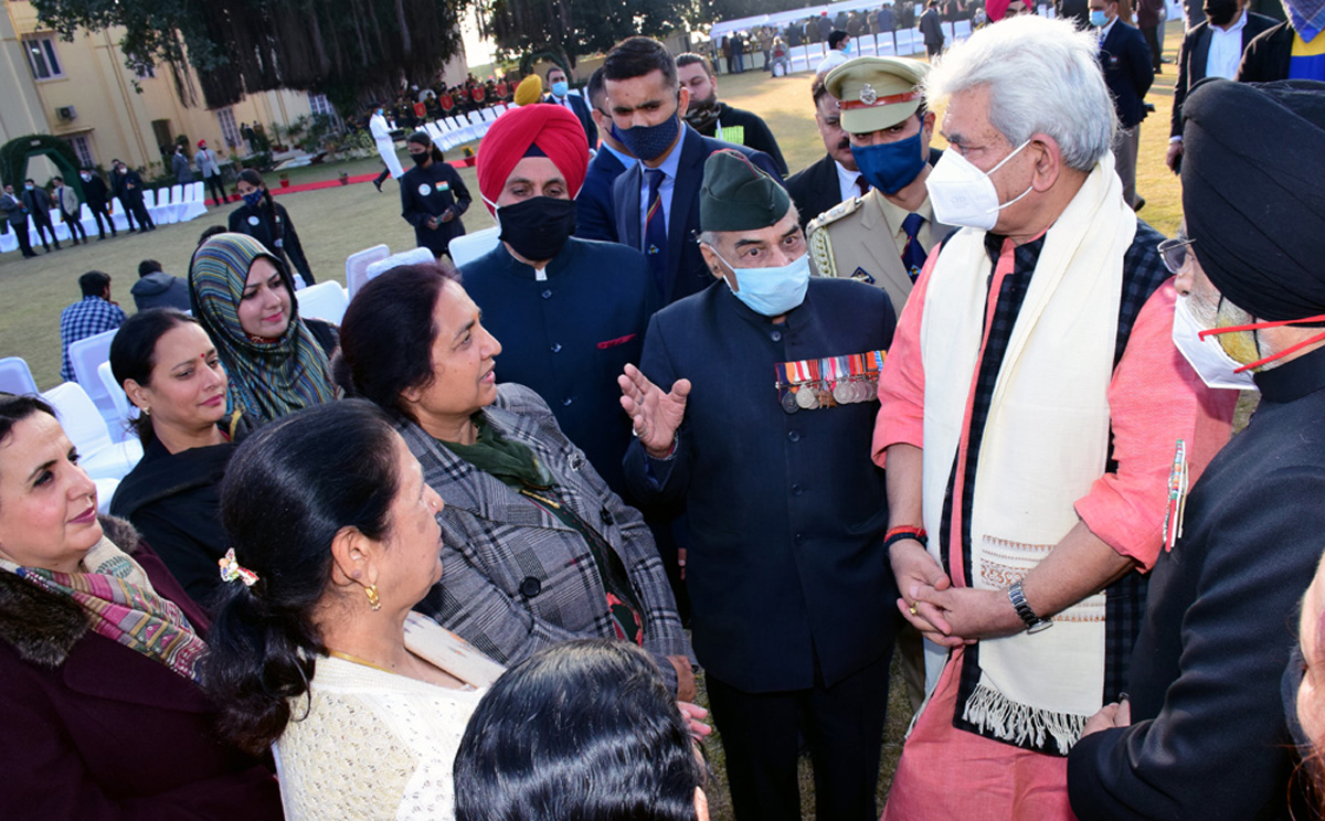 Lt Governor Manoj Sinha interacting with guests during At Home.