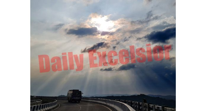 Clouds hover over Jammu-Srinagar National Highway on Friday. -Excelsior/Rakesh