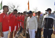 Chief Guest interacting with players during inter-wing sports meet at SKPA Udhampur.