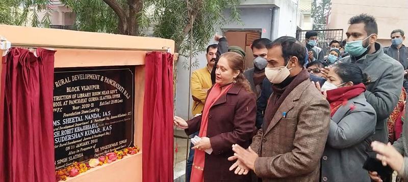 Secretary RDD, Sheetal Nanda laying foundation stone of library at Gurah Slathia on Saturday.