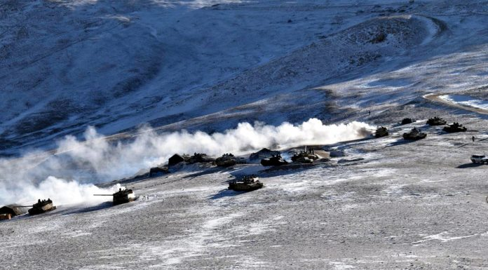 Disengagement between Indian Army and Chinese forces begin at Pangong lake with tanks moving away.