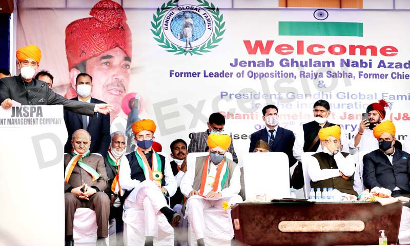Congress leader Ghulam Nabi Azad addressing a meeting in Jammu on Saturday. -Excelsior/Rakesh