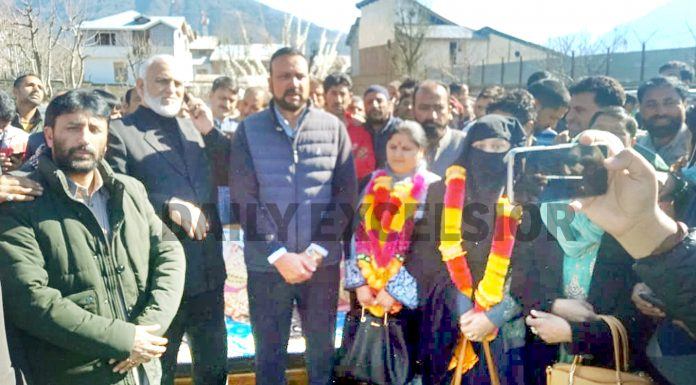 NC candidate Pooja Thakur and Congress nominee Saima Parveen Lone after being elected as chairperson and vice chairperson of Kishtwar DDC on Thursday. -Excelsior/Tilak Raj