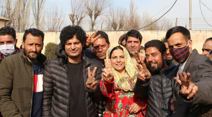 Safina Baigh showing victory signs after being elected as chairperson of DDC Baramulla on Saturday. -Excelsior/Abid Nabi