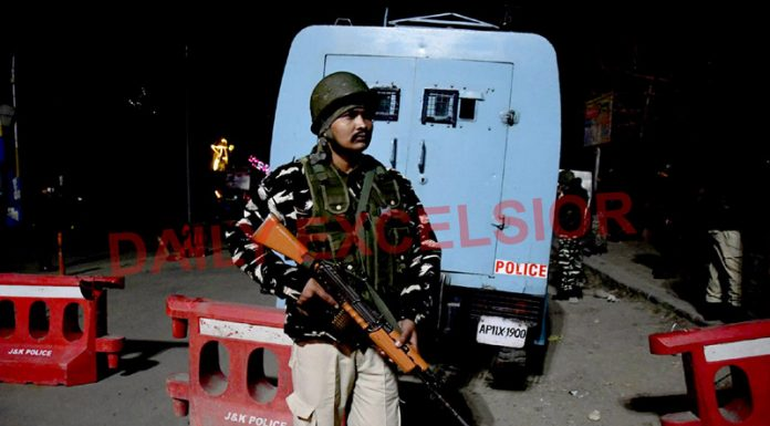 Security beefed up after firing on Krishna Dhaba near Sonwar area on Wednesday evening. —Excelsior/Shakeel