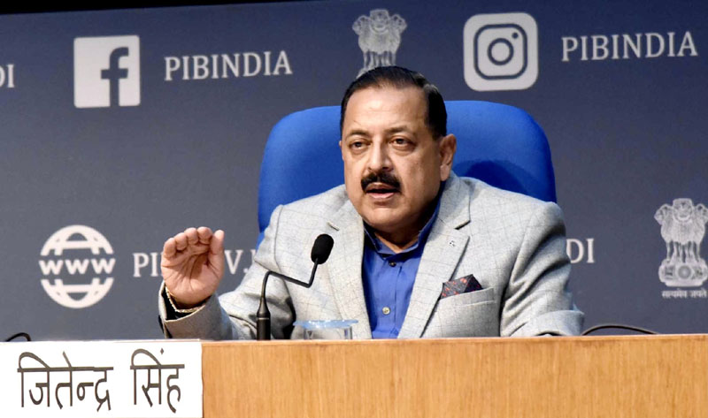 Union Minister Dr. Jitendra Singh addressing a press conference to announce deregulation of the Space sector in India, at the National Media Centre,New Delhi on Monday.