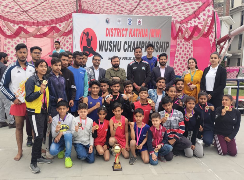 SSP Dr Shailender Mishra posing for a group photograph with winners of the championship at Kathua.
