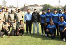 Biswajit Basu, Director Projects NHPC along with teams of NHPC and PFC posing for a group photograph after completion of league matches at New Delhi.