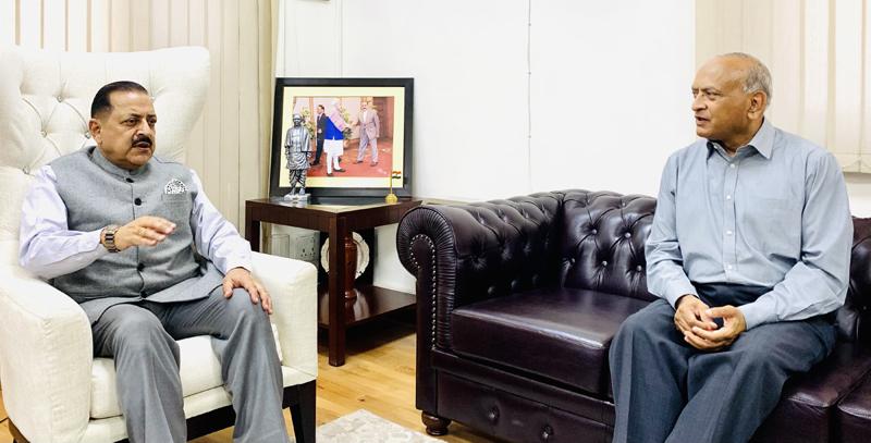 Lt Governor Ladakh, R K Mathur calling on Union Minister, Dr Jitendra Singh at New Delhi.
